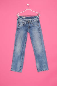 Pepe Jeans - used look straight cut jeans mit logo-stickerei - W26