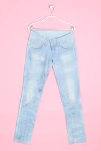Pepe Jeans London - jeans mit logo-patch - W28