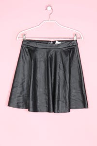 Miss Selfridge - faux leather-mini-rock - D 34