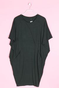 COS - oversize-kleid mit batwing-ärmeln - S