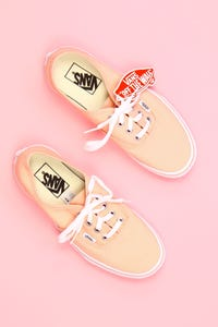 vans - low-top sneakers mit logo-badge -