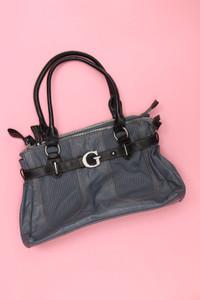 GUESS - Handtasche mit Logo-Plakette